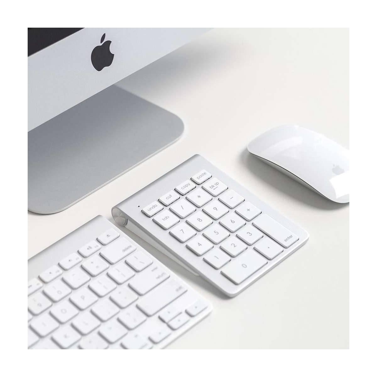 Satechi trådløst tastatur med kopierlim inn knappene