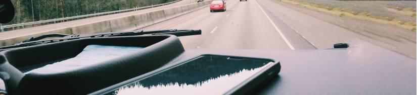 iPhone og iPad bil-tilbehør